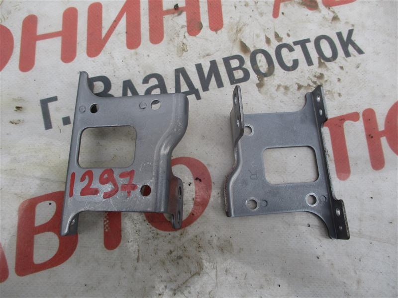 Крепление магнитофона Honda Crv RM4 K24A 2012 1297