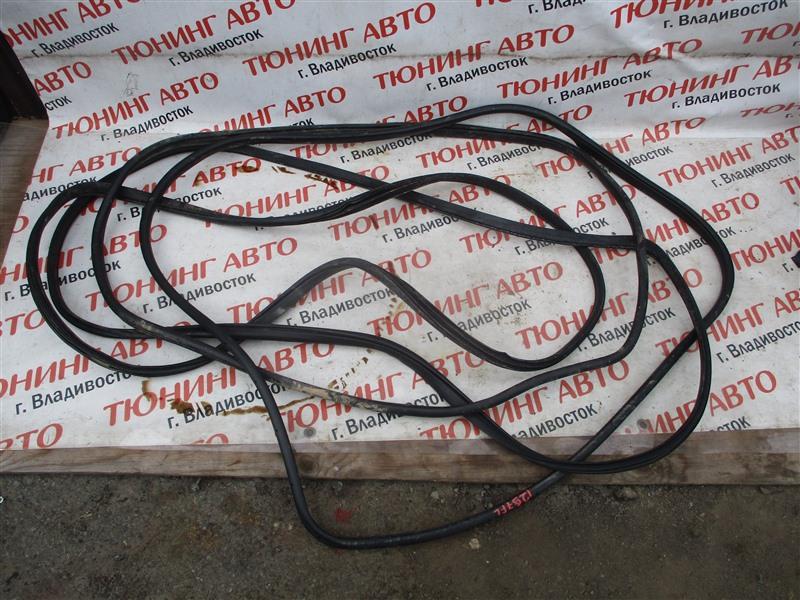 Уплотнительная резинка дверей Honda Crv RM4 K24A 2012 1297