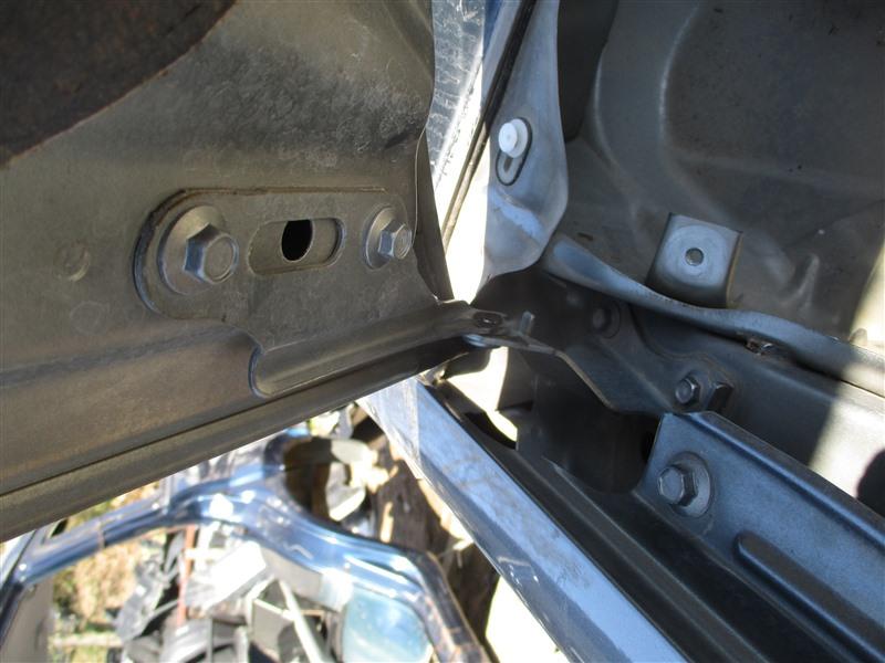 Петля капота Honda Crv RD7 K24A 2005 серый nh691m 1299