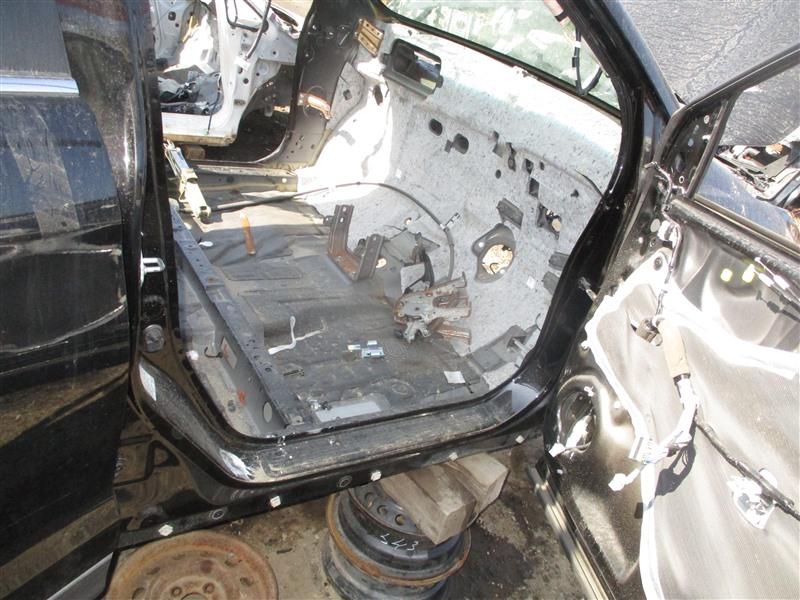 Порог кузова Honda Crv RM4 K24A 2012 правый черный nh812p 1297