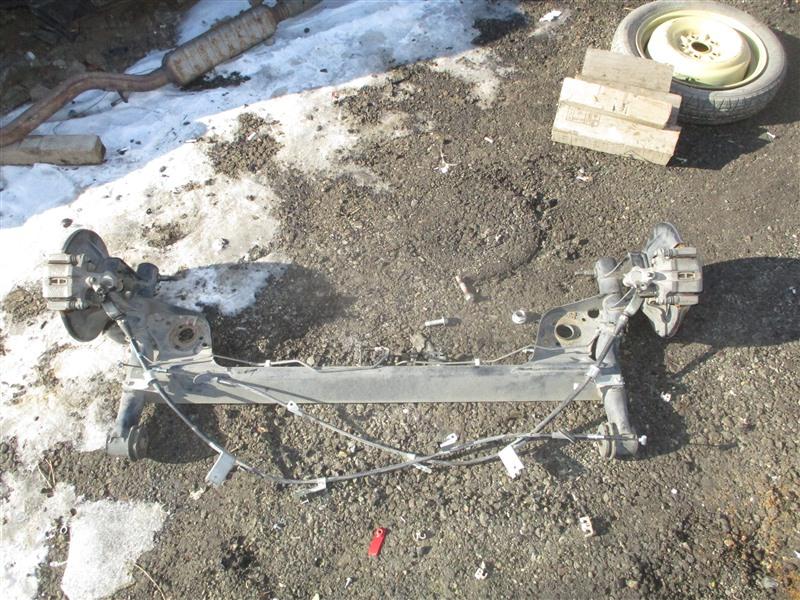 Балка подвески Suzuki Swift ZC31S M16A 2008 задняя 1303