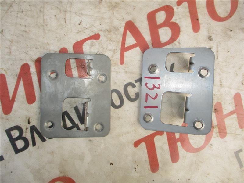 Крепление магнитофона Nissan X-Trail PNT30 SR20VET 2006 1321