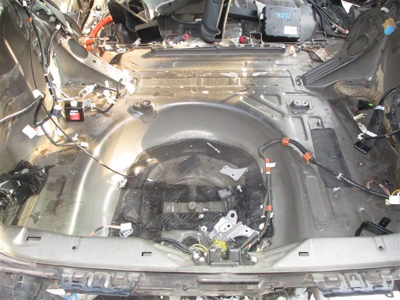 Тазик железный Toyota Prius NHW20 1NZ-FXE 2006 черный 202 1328