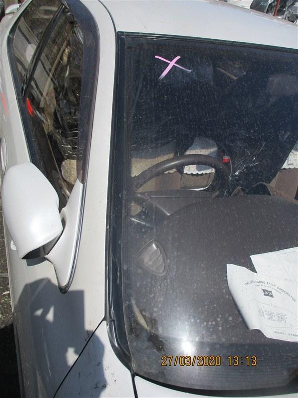 Молдинг лобового стекла Toyota Cresta JZX93 1JZ-GE 1996 правый 1332