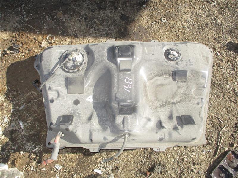 Бензобак Toyota Corolla Spacio ZZE124 1ZZ-FE 2002 1331