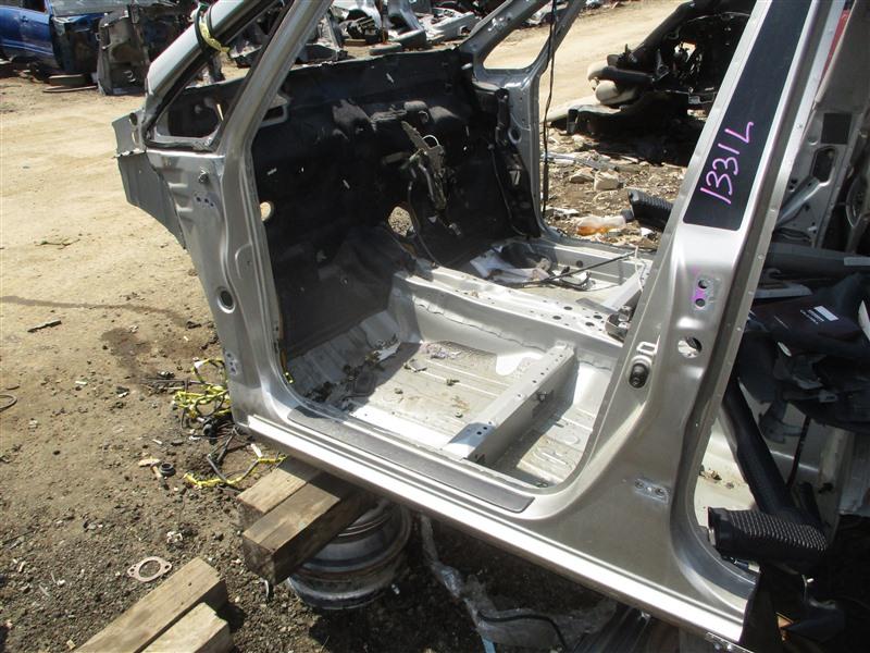 Порог кузова Toyota Corolla Spacio ZZE124 1ZZ-FE 2002 левый серый 1d9 1331