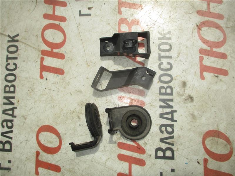 Крепление радиатора Nissan X-Trail TNT31 QR25DE 2008 1335