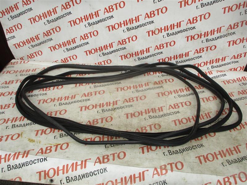 Уплотнительная резинка дверей Honda Crv RM4 K24A 2012 1336
