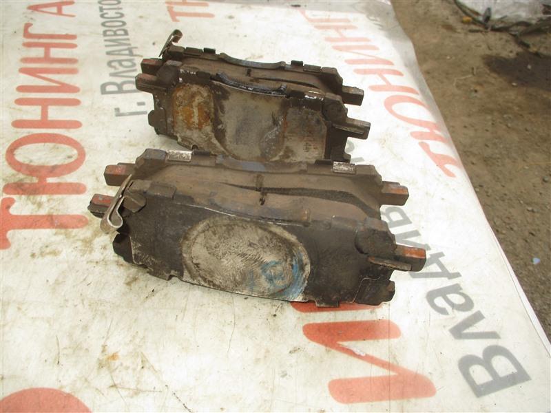 Колодки тормозные Toyota Harrier MCU36 1MZ-FE 2003 передние 1345