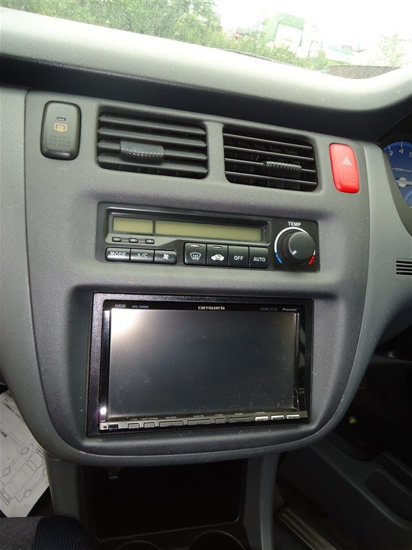 Консоль магнитофона Honda Hr-V GH4 D16A 2000 1346