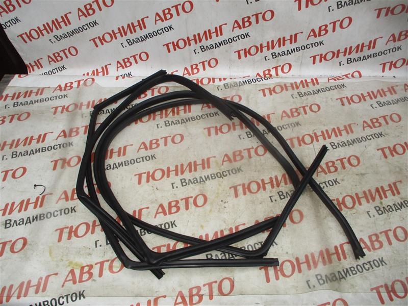 Уплотнительная резинка дверей Honda Hr-V GH4 D16A 2000 1346