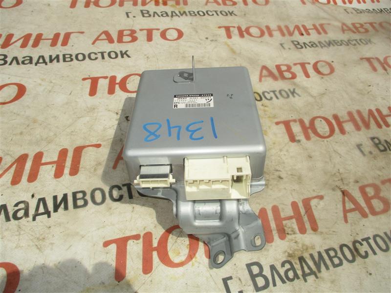 Блок управления рулевой рейкой Toyota Prius ZVW30 2ZR-FXE 2012 1348 89650-47520