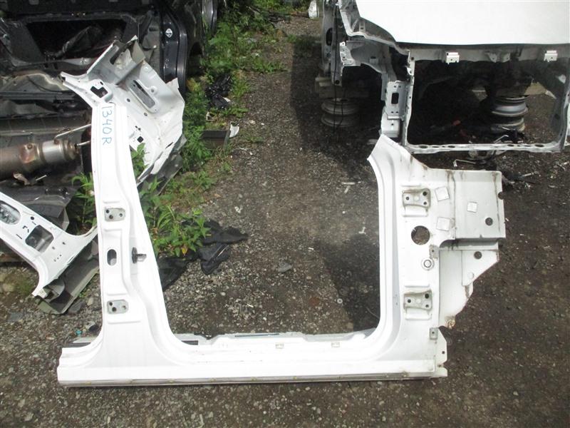Порог кузова Ford Explorer 1FMEU74 COLOGNEV6 2005 правый белый 1340
