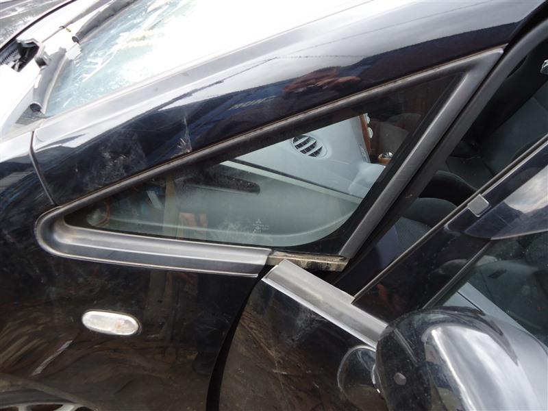 Форточка кузова Mitsubishi Colt Plus Z27WG 4G15T 2006 передняя левая 1358