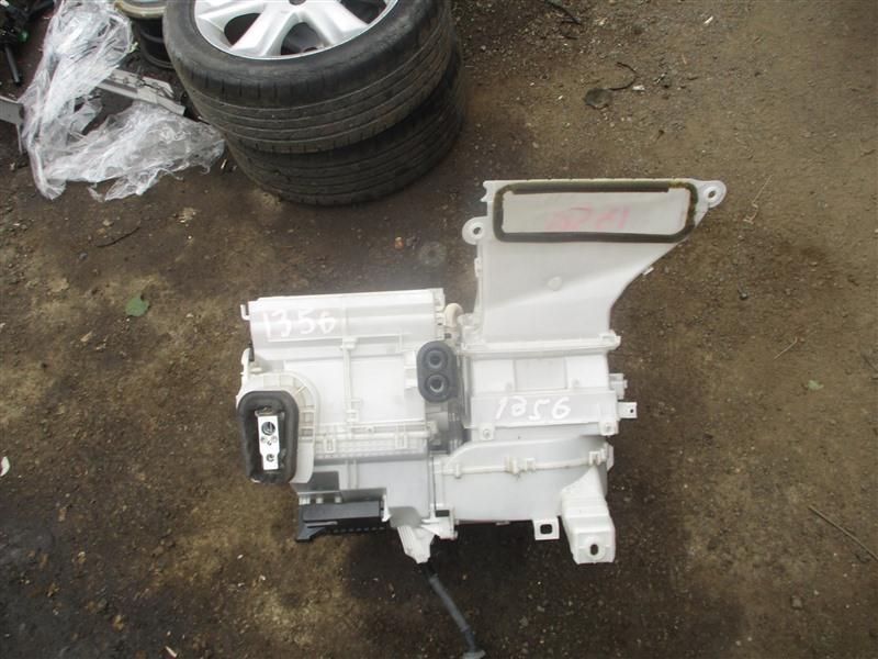 Мотор печки Toyota Vitz NCP91 1NZ-FE 2009 1356