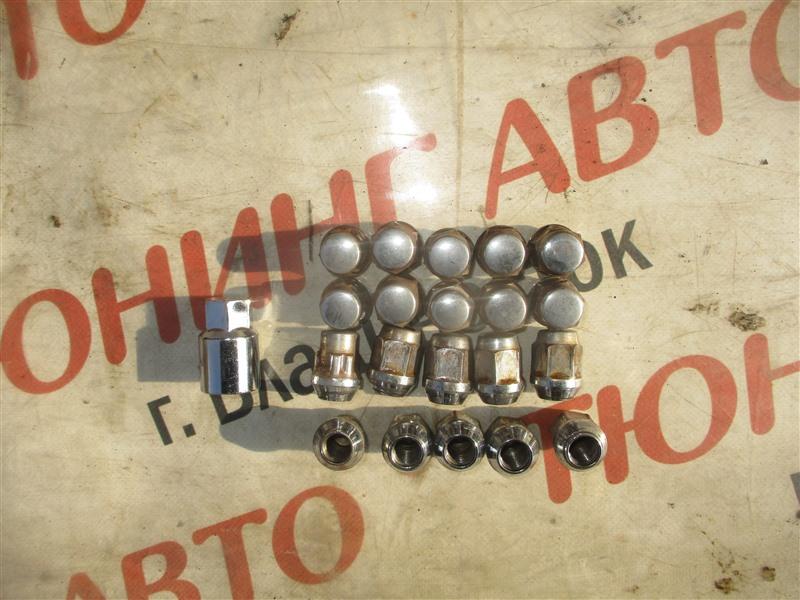 Гайка на колесо Honda Stepwgn RF5 K20A 2005 1353