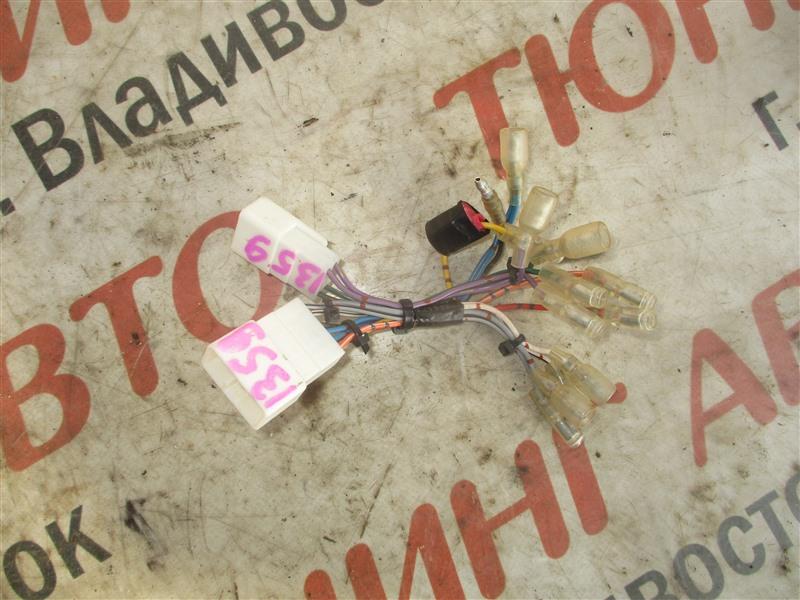 Фишка Toyota Vitz NCP91 1NZ-FE 2009 1359