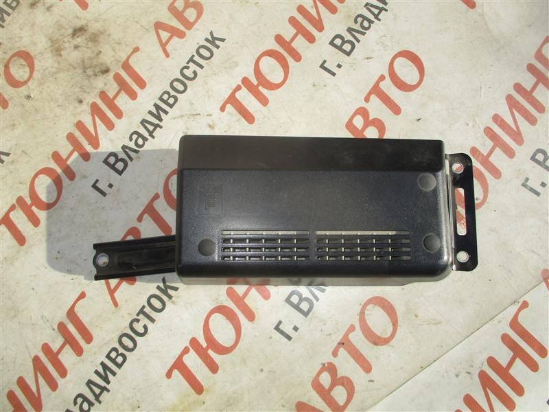 Усилитель звука Toyota Sequoia USK65 3UR-FE 2009 1364 86280-0c130