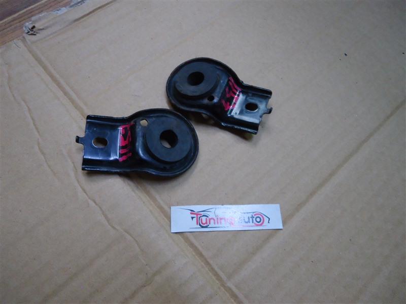 Крепление радиатора Honda Inspire UC1 J30A 2006 черный (b92p) 1157