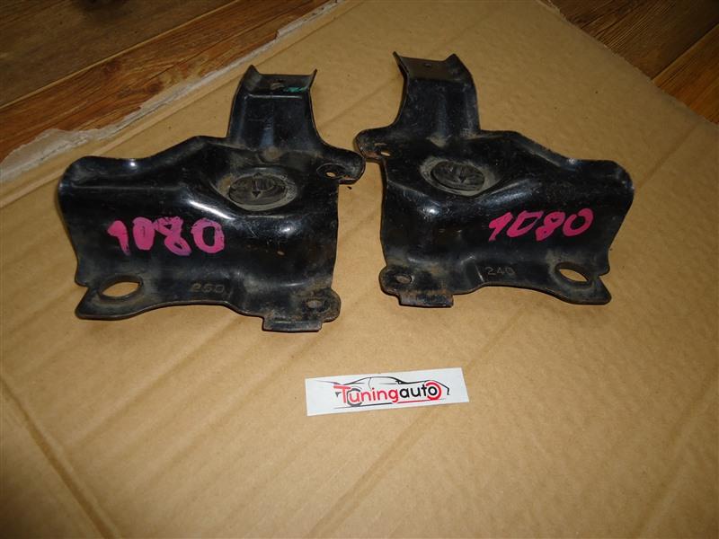 Крепление радиатора Mazda Tribute EPFW AJ 2001 1080