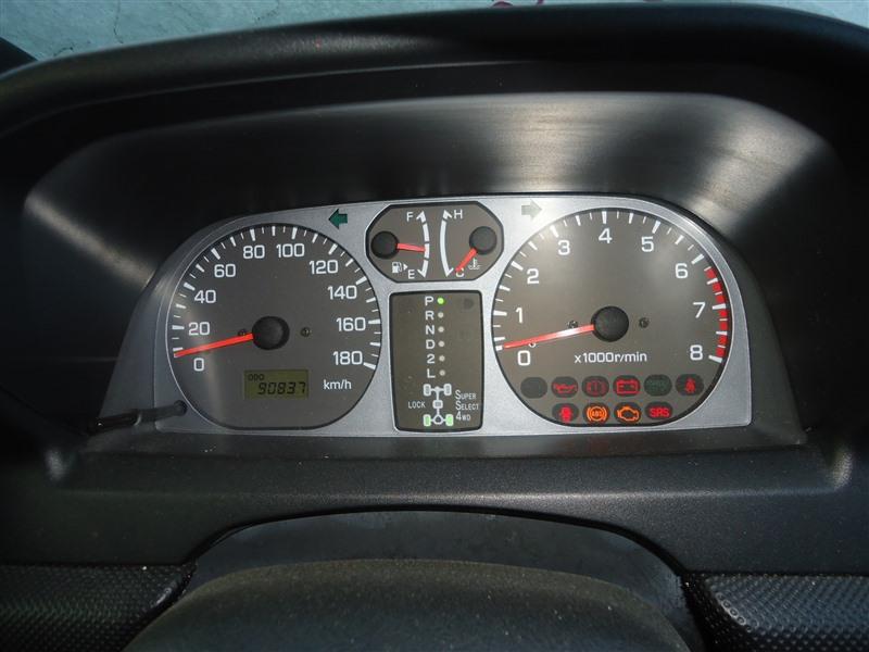 Спидометр Mitsubishi Pajero Io H76W 4G93T 2004 mn179688 1365
