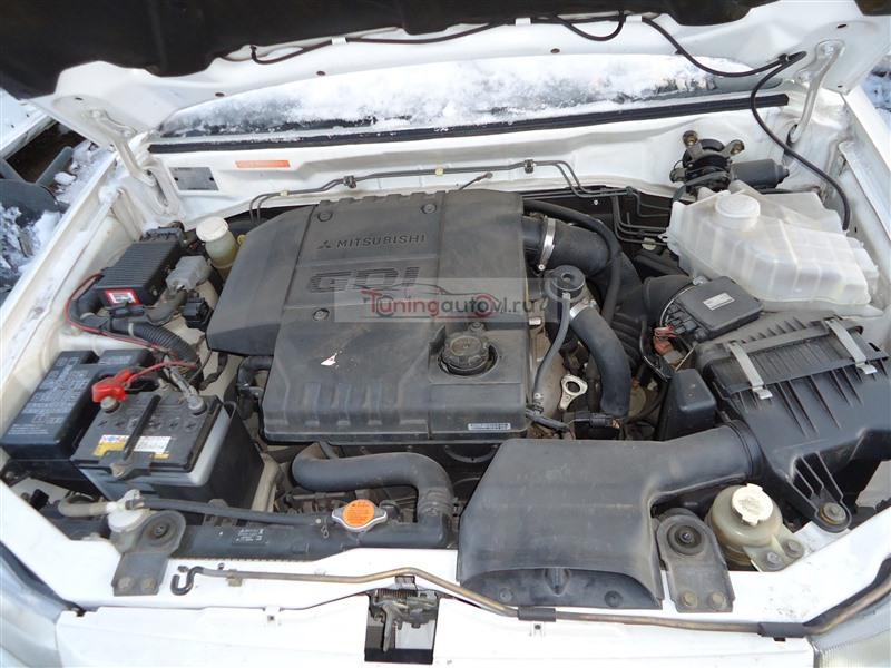 Двигатель Mitsubishi Pajero Io H76W 4G93T 2004 1365