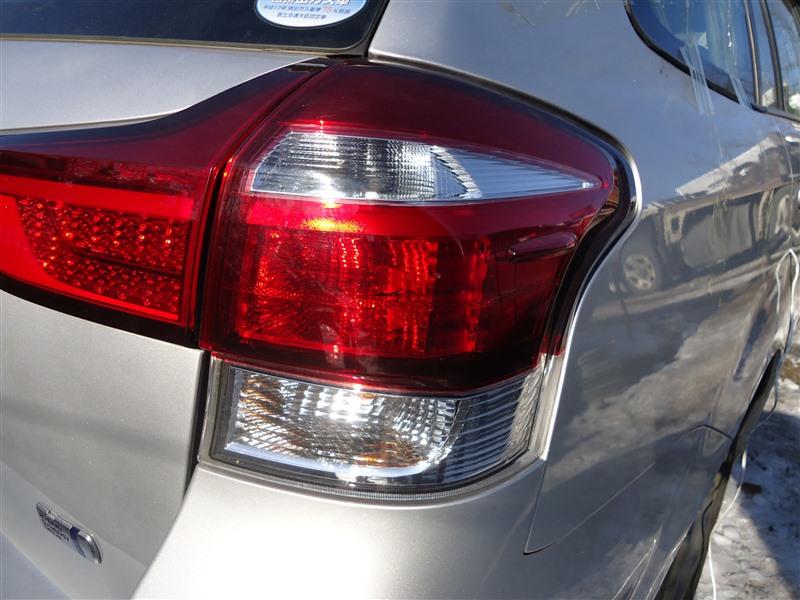 Стоп-сигнал Toyota Corolla Fielder NKE165 1NZ-FXE 2015 задний правый 13-106 1371