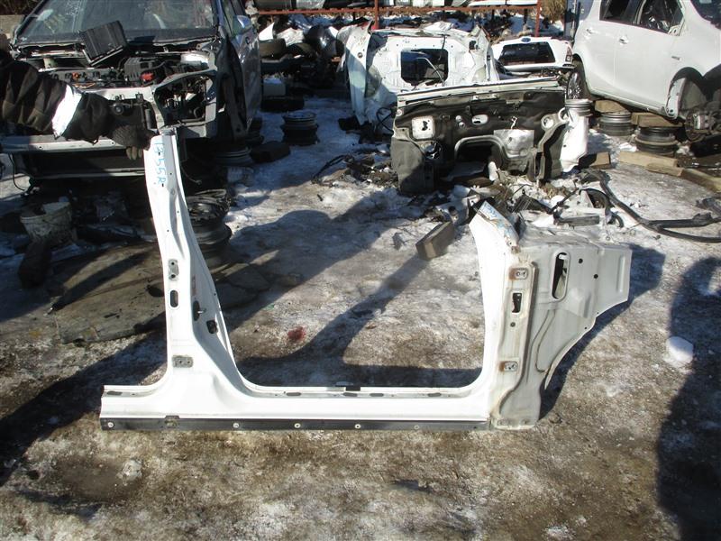 Порог кузова Nissan Cedric HY34 VQ30DET 1999 правый белый qv3 1355