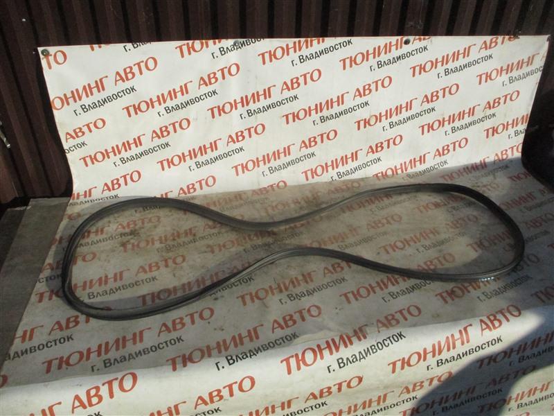Уплотнительная резинка багажника Honda Freed GP3 LEA 2012 1363