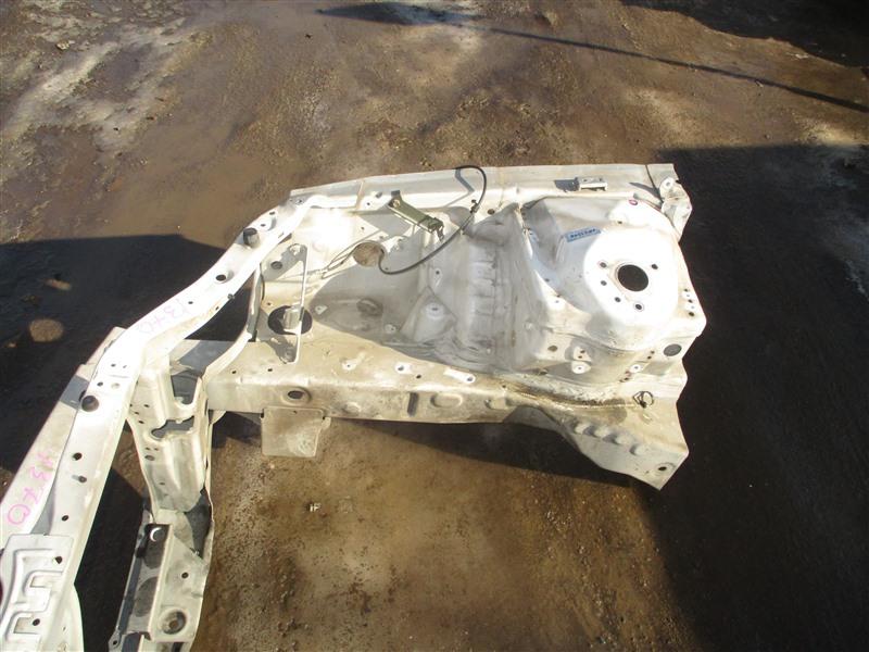 Лонжерон Honda Inspire UA5 J32A 2001 правый белый nh603p 1370