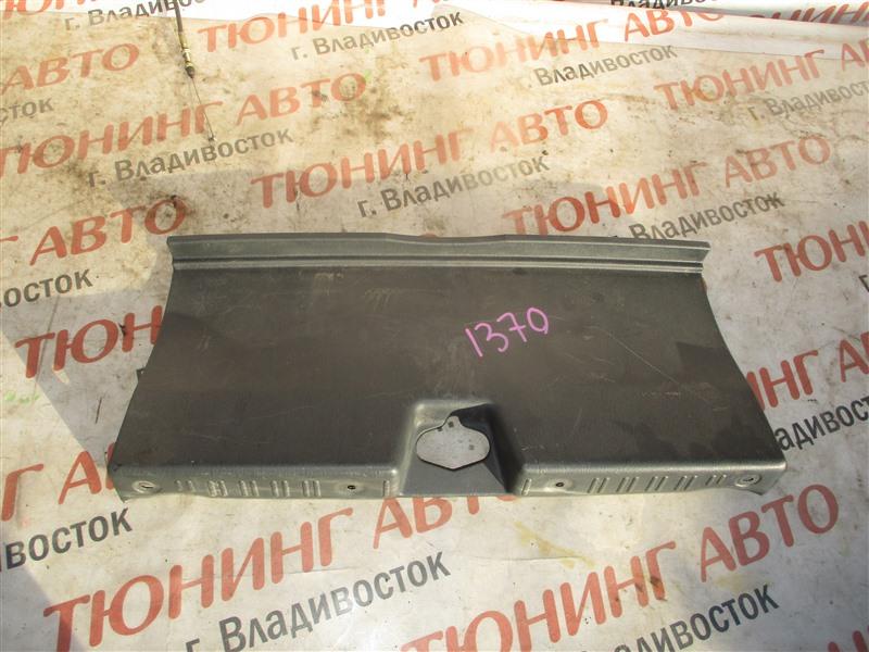 Накладка замка багажника Honda Inspire UA5 J32A 2001 1370