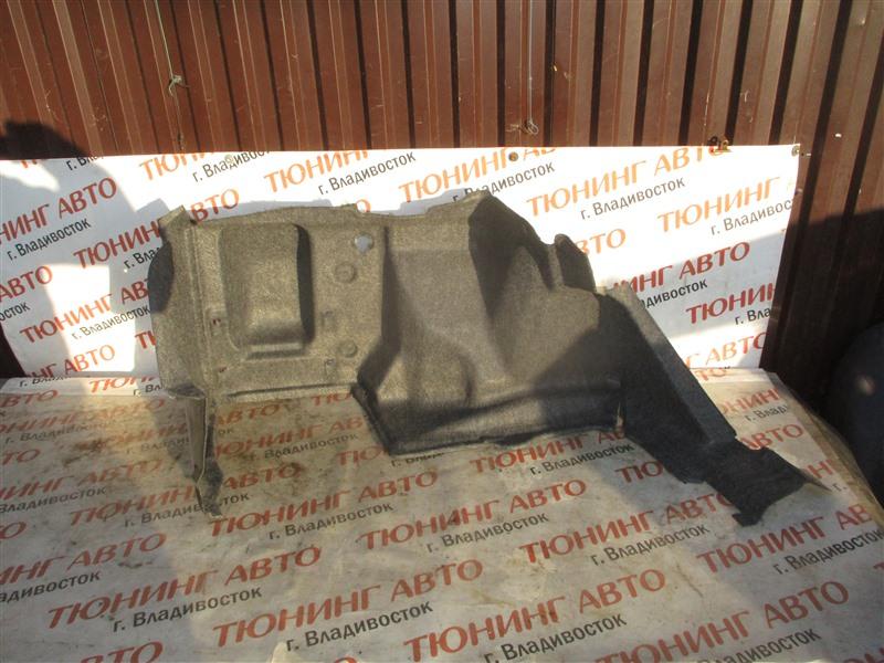 Обшивка багажника Honda Inspire UA5 J32A 2001 правая 1370