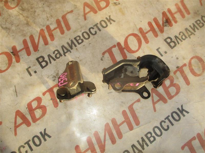 Подушка кпп Honda Inspire UA5 J32A 2001 1370