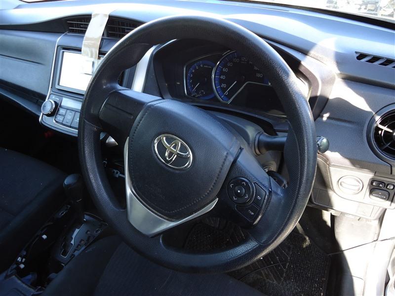 Руль Toyota Corolla Fielder NKE165 1NZ-FXE 2015 1371