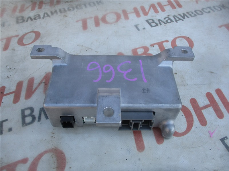 Блок управления рулевой рейкой Mitsubishi Colt Z27A 4G15T 2009 8633a011 1366