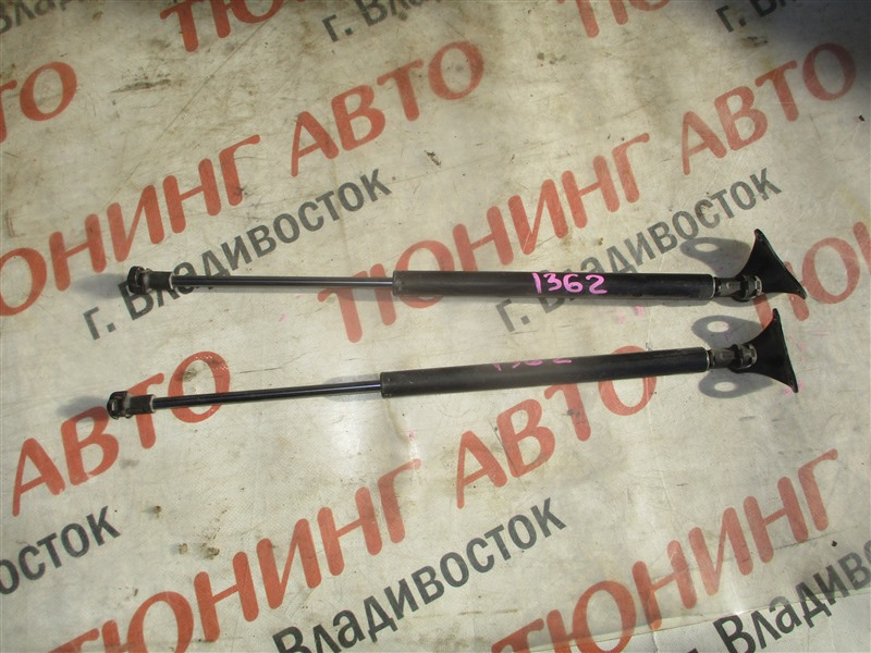 Амортизатор багажника Honda Fit GK4 L13B 2014 1362