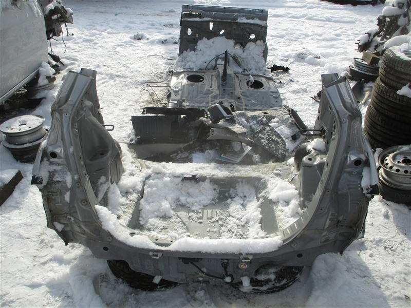 Тазик железный Honda Fit GK4 L13B 2014 серебро nh700m 1362
