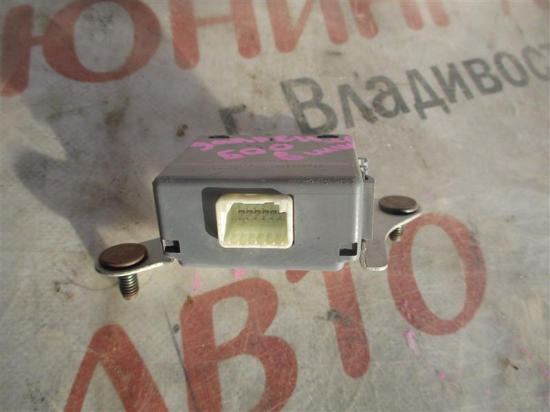 Электронный блок Toyota Sequoia USK65 3UR-FE 2009 1364 89769-0c022