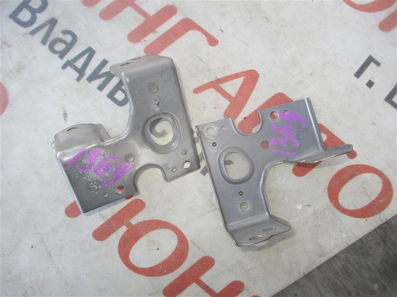 Крепление магнитофона Toyota Aqua NHP10 1NZ-FXE 2012 1369