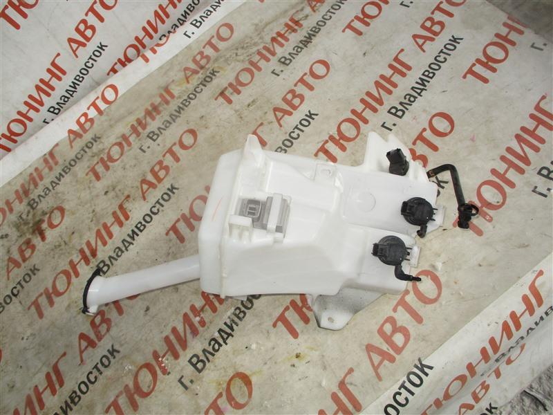 Бачок омывателя Toyota Aqua NHP10 1NZ-FXE 2012 1369
