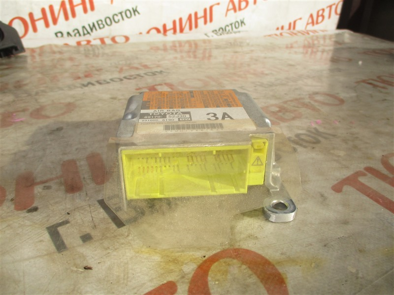 Блок srs Toyota Aqua NHP10 1NZ-FXE 2012 1369 89170-52j30