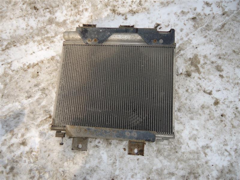 Радиатор кондиционера Isuzu Elf NPR85 4JJ1T 2010 1380