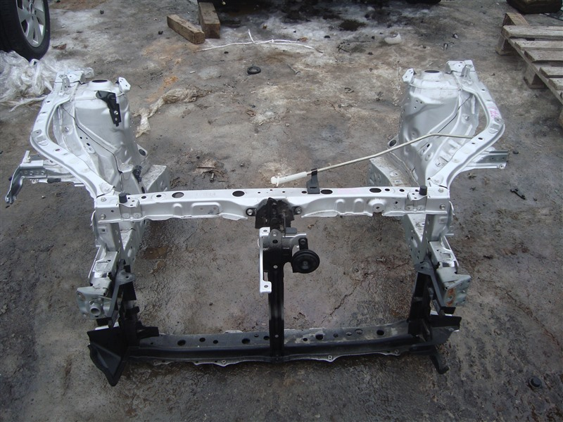 Телевизор Toyota Corolla Fielder NKE165 1NZ-FXE 2015 серебро 1f7 1371