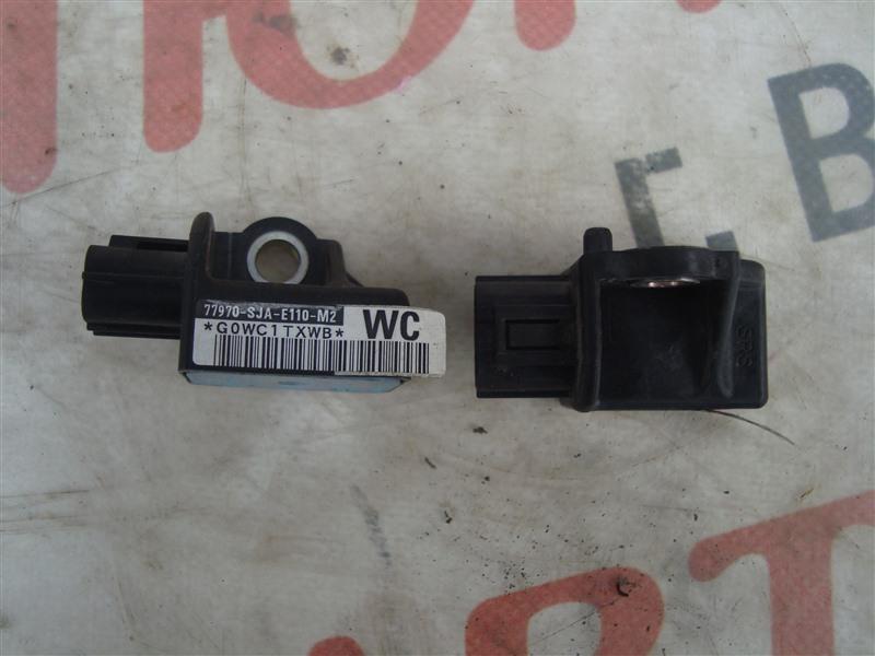 Датчик airbag Honda Stream RN8 R20A 2009 1357 77970-sja-e110-m2