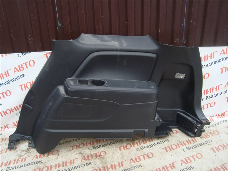 Обшивка багажника Honda Stream RN8 R20A 2009 правая 1357
