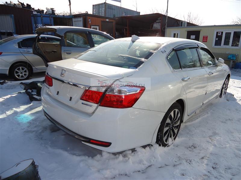 Бампер Honda Accord CR6 LFA 2014 задний белый nh788p 1382