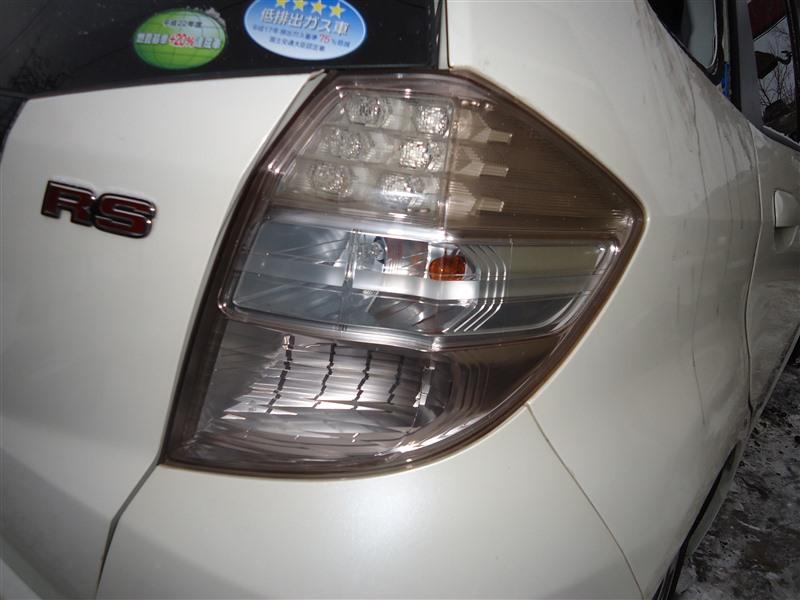 Стоп-сигнал Honda Fit GE8 L15A 2011 задний правый 9882 1381