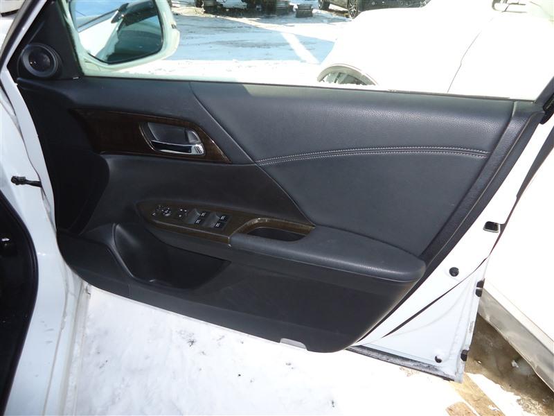 Обшивка дверей Honda Accord CR6 LFA 2014 1382