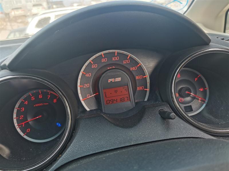 Двигатель Honda Fit GE8 L15A 2011 1381
