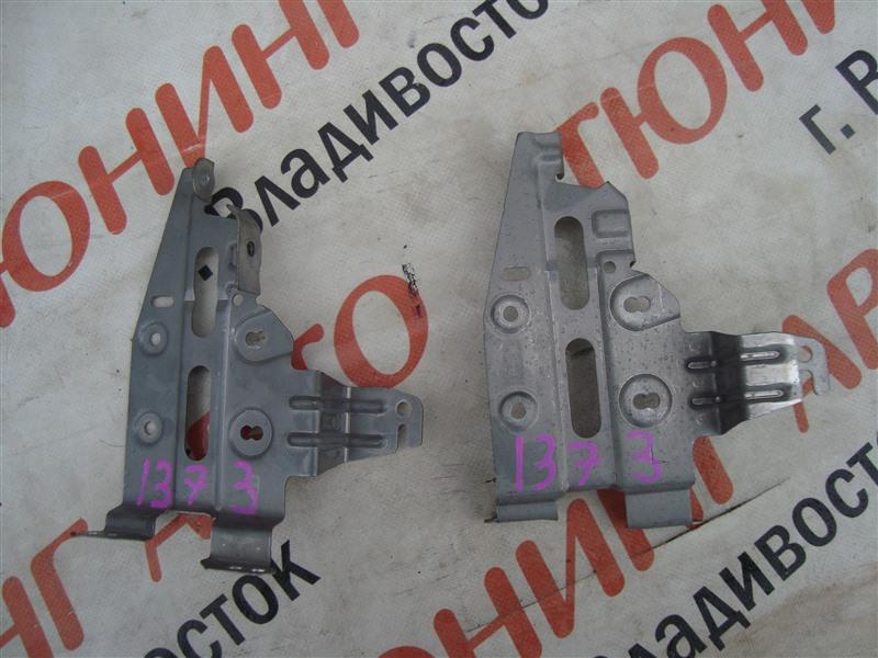 Крепление магнитофона Honda Fit Aria GD6 L15A 2006 1373
